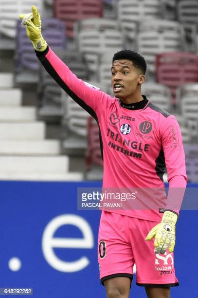 Toulouse's French goalkeeper Alban Lafont gestures during the French L1 football match between Toulouse and Lille on March 5 at the Municipal Stadium...