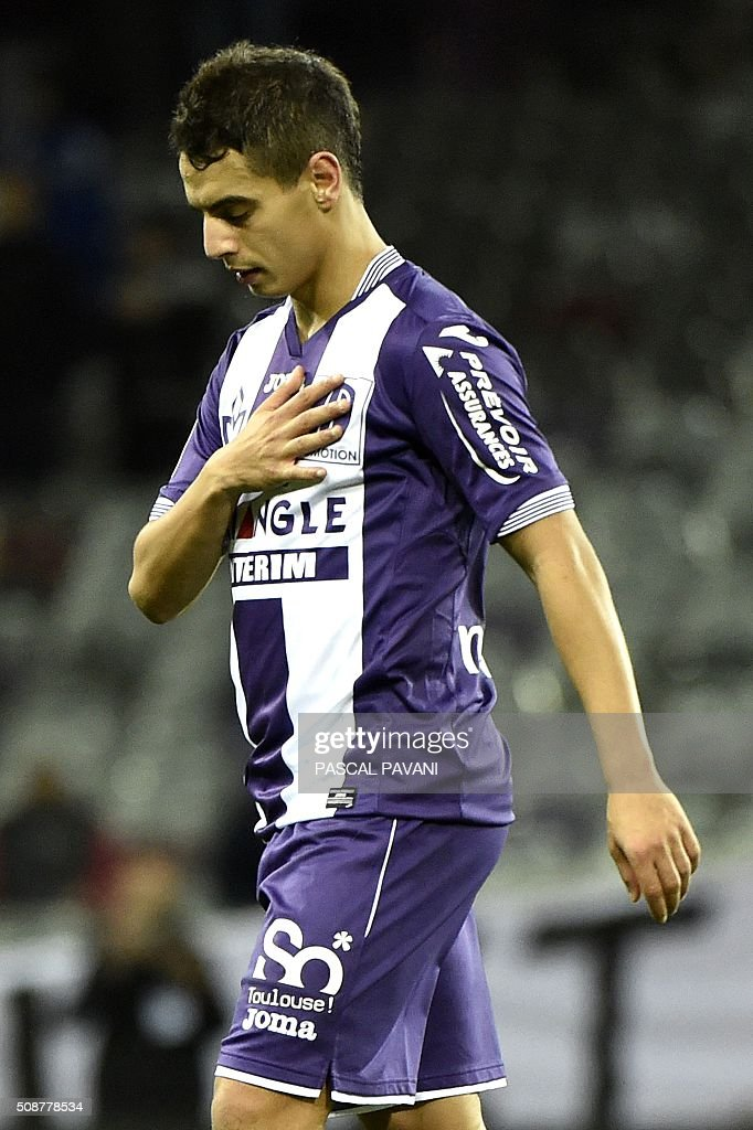 Toulouse's French Tunisian forward Wissam Ben Yedder reacts after losing during the French L1 football match Toulouse against Nantes on February 6, 2016 at the Municipal Stadium in Toulouse. AFP PHOTO / PASCAL PAVANI / AFP / PASCAL PAVANI