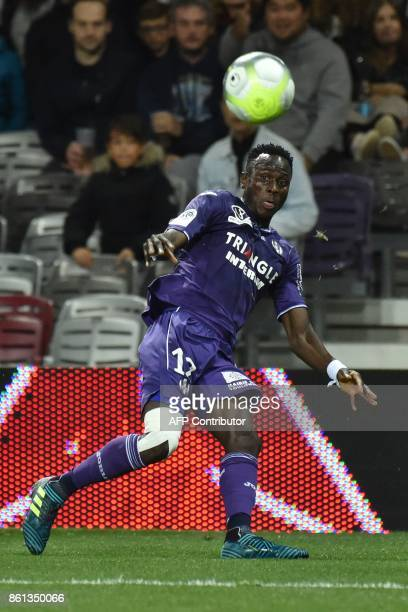 Toulouse's Guinean defender Issiaga Sylla controls the ball during the French L1 football match Toulouse against Amiens October 14 2017 at the...
