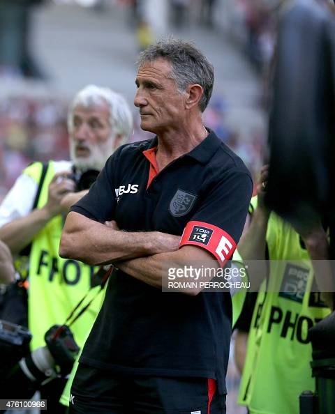 Toulouse 39 s head coach guy noves looks on before the french for Interieur sport guy noves