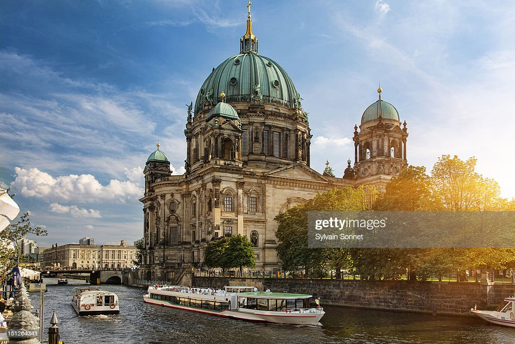 A tour boat on the Spree River, Berlin : Stock Photo