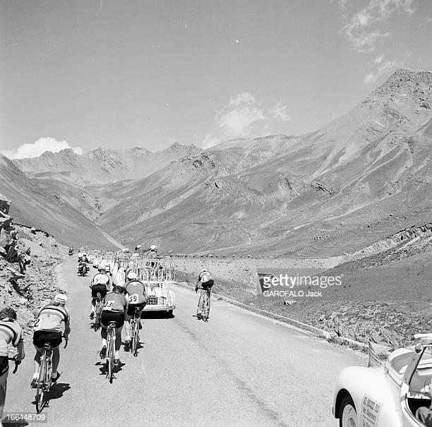 Tour De France 1954 Le 41ème Tour de France du 8 juillet au 1er août 1954 sur 23 étapes pour 4 656 km avec la victoire de Louison Bobet le peloton...