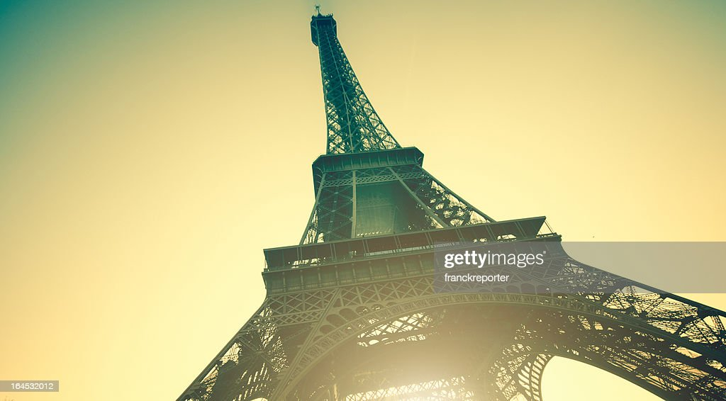 Tour Eiffel at sunset