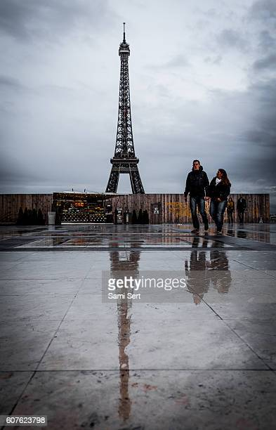 Tour Eiffel - Rainy Day in Paris