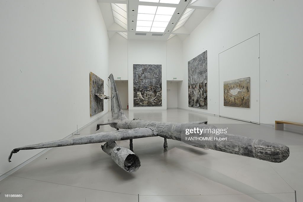 Summer Getaway In Alsace. The museum Wurth ERSTEIN (Bas-Rhin), ZI Ouest, rue Georges Besse: exhibition of the works of artist Anselm Kiefer, from January 28 to September 25: 'Jason', 1989, plane lead, glass and wood. ALSACE. A Erstein The Wurth Museum, Ms. Bertrand director of the museum. Anselm Kiefer28 January to 25 September 2011. Wurth Museum in January 2008 and architect Jacques Clement Vergely collection Wurth nearly 14,000 auvres exposure in a non-permanent Erstein integrated site in July 1997 and the seat of its fleet with a vegetal lahorizon the Vosges.