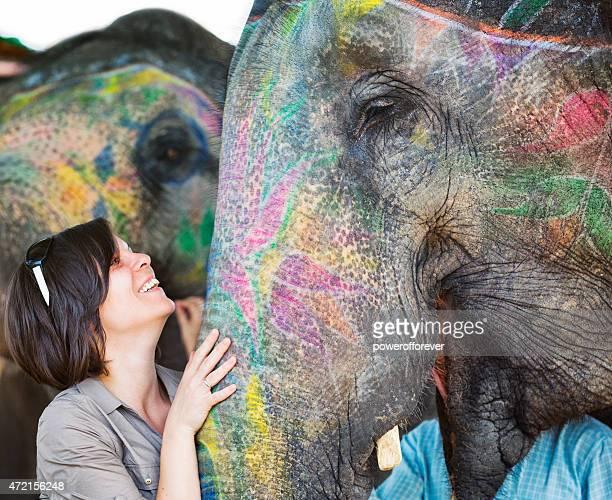 観光ふれあいペインティッドアメア、インド象に