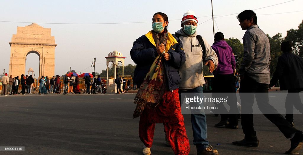 Tourist return disappointed as India Gate was cordened on January 5, 2013 in New Delhi, India. The CrPc Section 144 was placed in many parts of central Delhi two weeks ago after series of protest against the rape of 23 year old girl in moving bus.