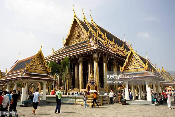Tourists at Royal Temple of the Emerald BuddhaWat Phra Keow and Salarai Bangkok Thailand
