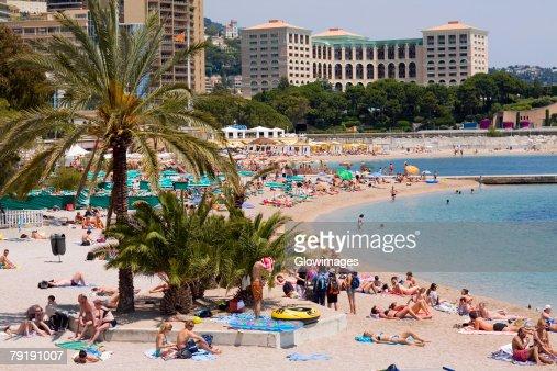 Tourists on the beach, Monte Carlo, Monaco : Foto de stock