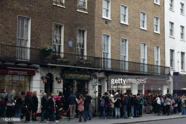 Tourists queue outside the former home of the fictional Character Sherlock Holmes on April 5 2012 in London England 221B Baker Street is the London...