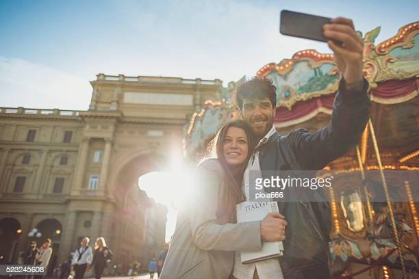 I turisti un selfie un Firenze