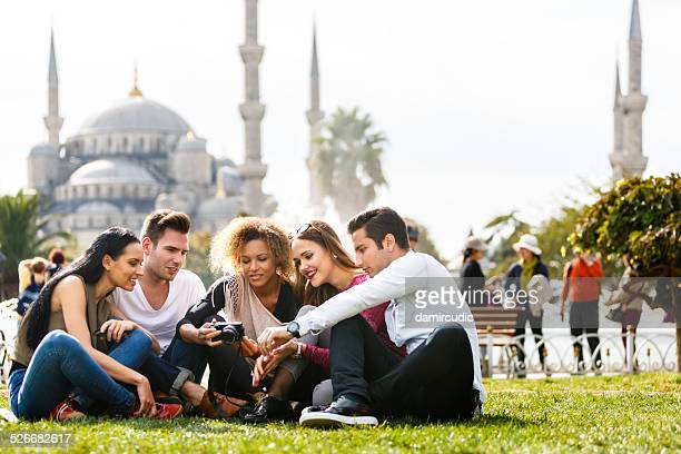 Tourists taking photos of themselfs in front of Blue Mosque