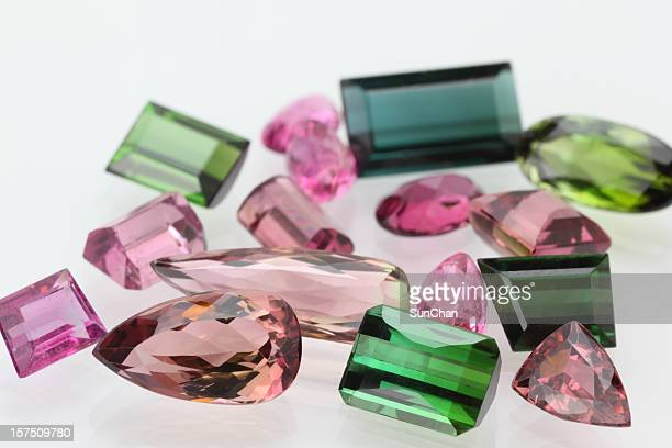 Tourmaline de pierres précieuses de différentes couleurs