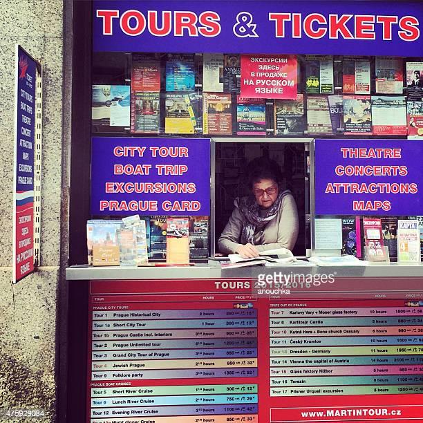 Touren und Tickets kiosk am Prager Straße