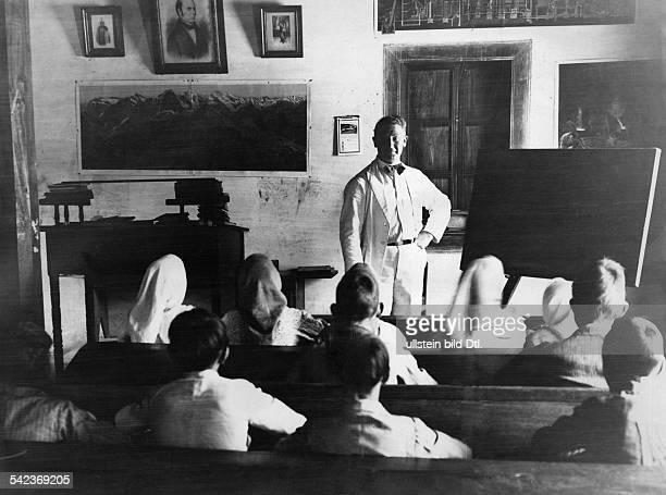 Tovar ein badisches Dorf in VenezuelaUnterricht in der katholischenVolksschule von Tovarum 1933Foto Kurt Severin
