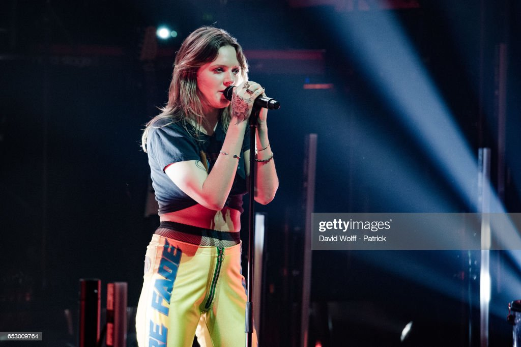Tove Lo performs at La Cigale on March 13, 2017 in Paris, France.