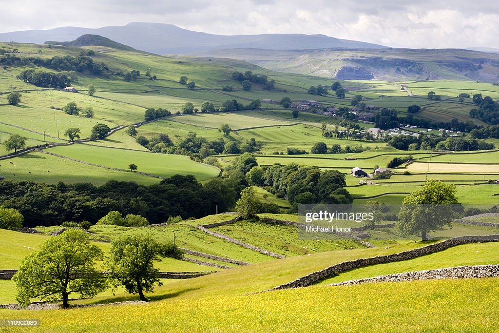 Towards Stainforth and Ingleborough : Stock Photo