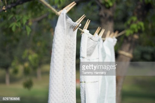 Towels drying on clothesline : Stock-Foto