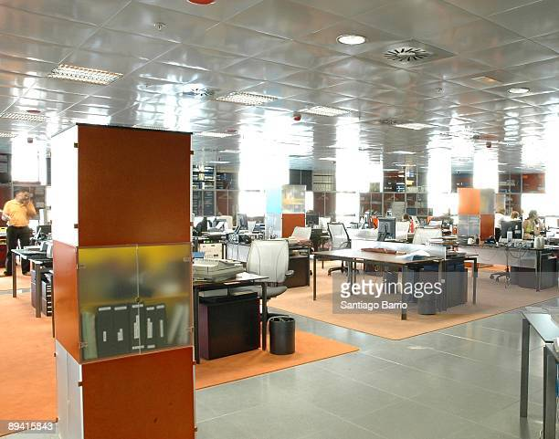 Oficinas stock photos and pictures getty images for Oficinas aguas de barcelona
