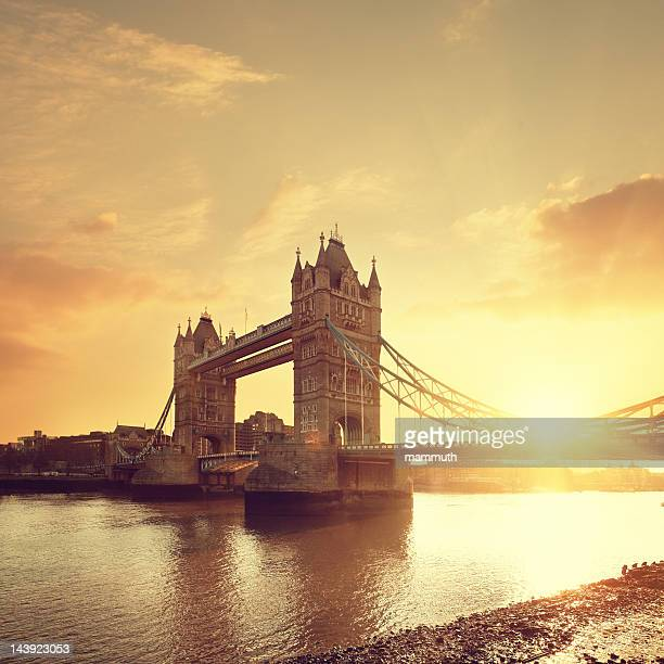 Tower Bridge & Thames river at dawn