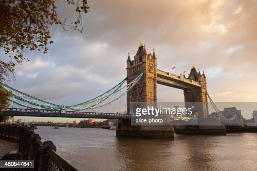 Tower Bridge, Londres, Inglaterra, Reino Unido : Foto de stock