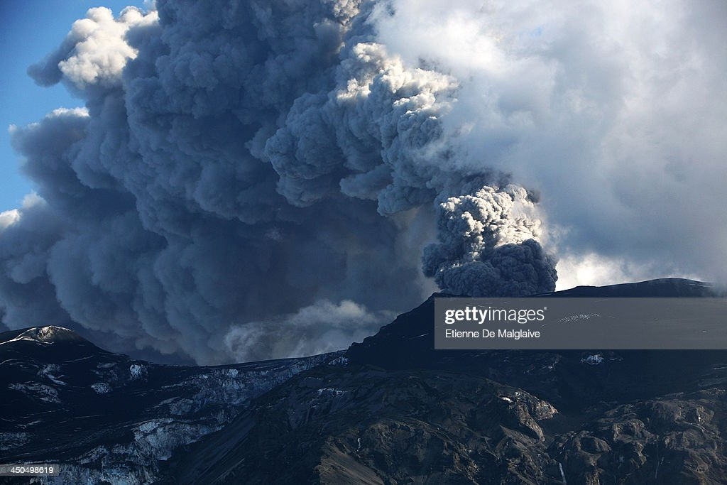 Towering ash plume from Iceland's Eyjafjallajokull crater during it's eruption, spewing tephra and cloud of ashes that drift toward continental Europe on May 10 2010 near Reykjavik, Iceland.