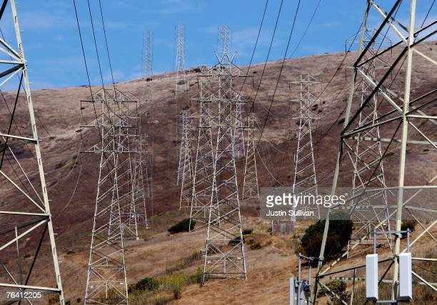 Towers carrying electical lines are shown August 30 2007 in South San Francisco California With temperatures over 100 degrees in many parts of the...