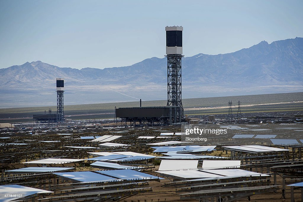 Towers stand at the Ivanpah Solar Electric Generating System in the Mojave Desert near Primm, Nevada, U.S., on Monday, March 10, 2014. The 392-megawatt California Ivanpah plant developed by Google, NRG and Bright Source, which began operating in February, brings utility-scale solar to more than 5.5 gigawatts, up 1,089% since 2010. Photographer: Jacob Kepler/Bloomberg via Getty Images
