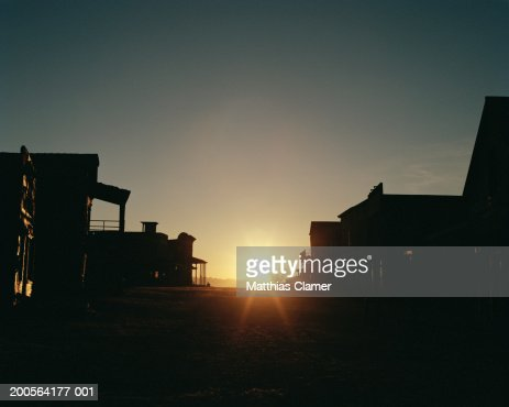 Town at sunrise : Stockfoto