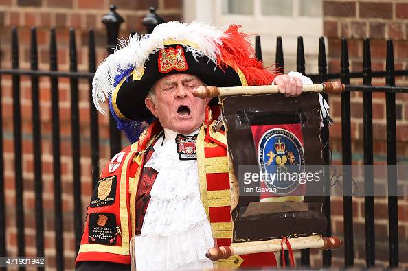 Town Crier makes the announcement that Catherine Duchess Of Cambridge has given birth to a baby girl outside the Lindo Wing at St Mary's Hospital on...