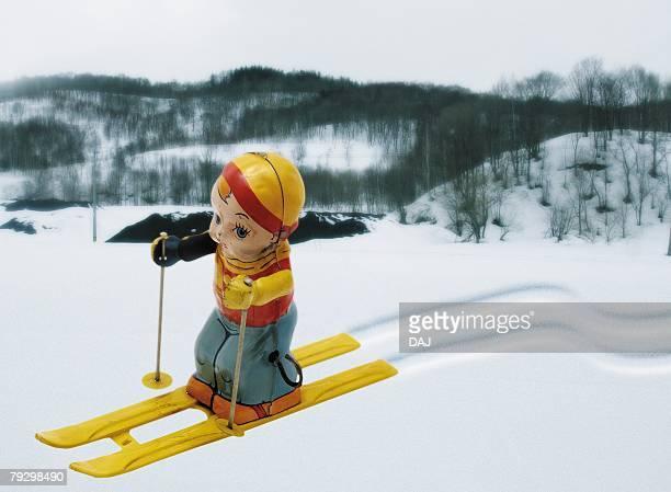 Toy Doll, Ski, Side View