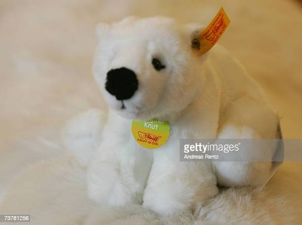 Toy manufacturer Steiff presents a Knut polar bear toy at Berlin's Zoologischer Garten zoo on April 3 2007 in Berlin Germany Knut a fourmonthold...