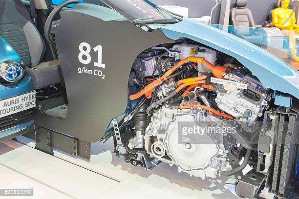 Toyota Auris Querschnitt zeigt die hybrid powertrain