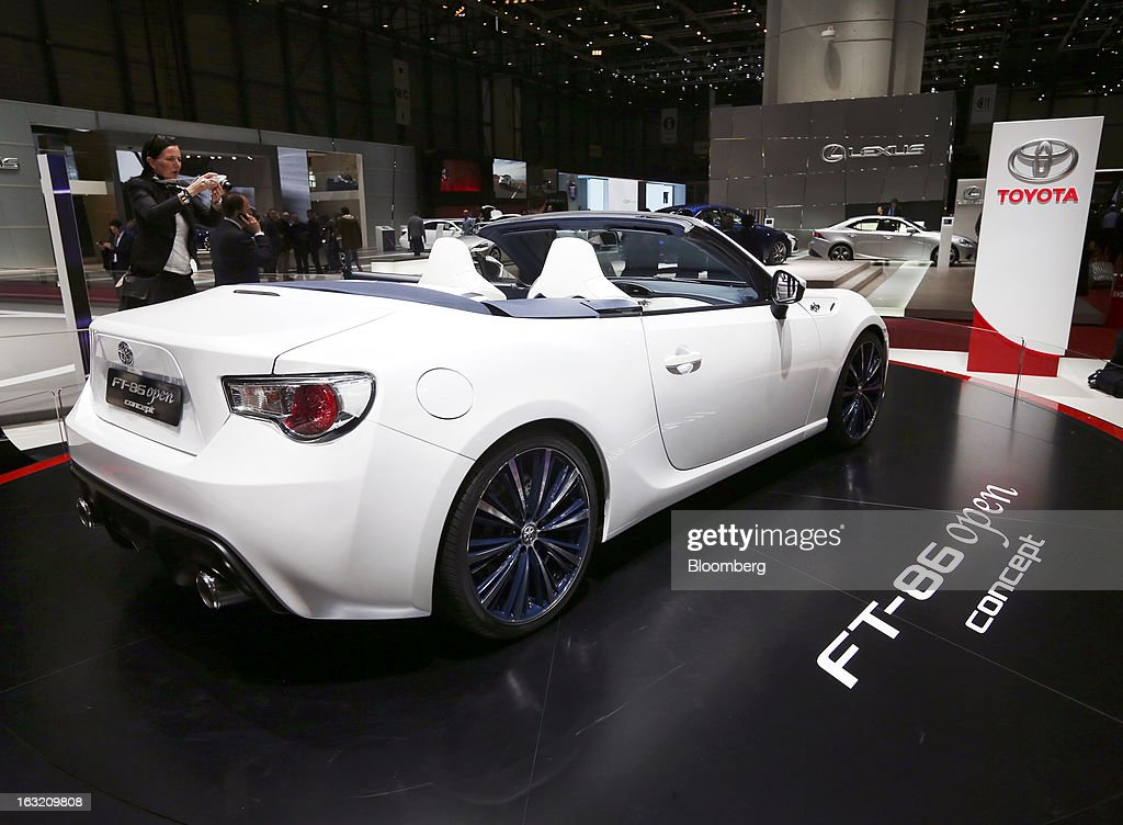 A Toyota FT-86 concept convertible automobile, produced by Toyota Motor Corp., sits on display on the second day of the 83rd Geneva International Motor Show in Geneva, Switzerland, on Wednesday, March 6, 2013. This year's show opens to the public on Mar. 7, and is set to feature more than 100 product premiers from the world's automobile manufacturers. Photographer: Chris Ratcliffe/Bloomberg via Getty Images
