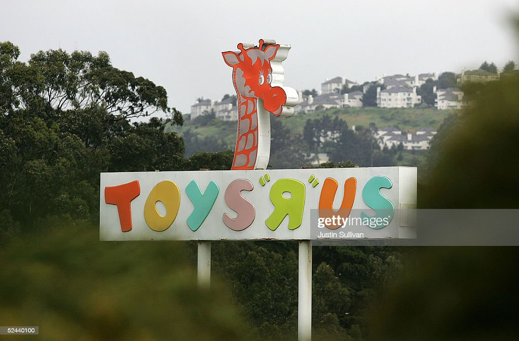 Toys R Us Sign : Toys r us reportedly sold for billion getty images