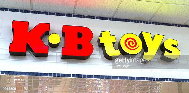 Toys signage is visible atop the entranced to its store January 30 2004 in Norridge Illinois Pittsfield Massachusettsbased KB Toys says it will close...