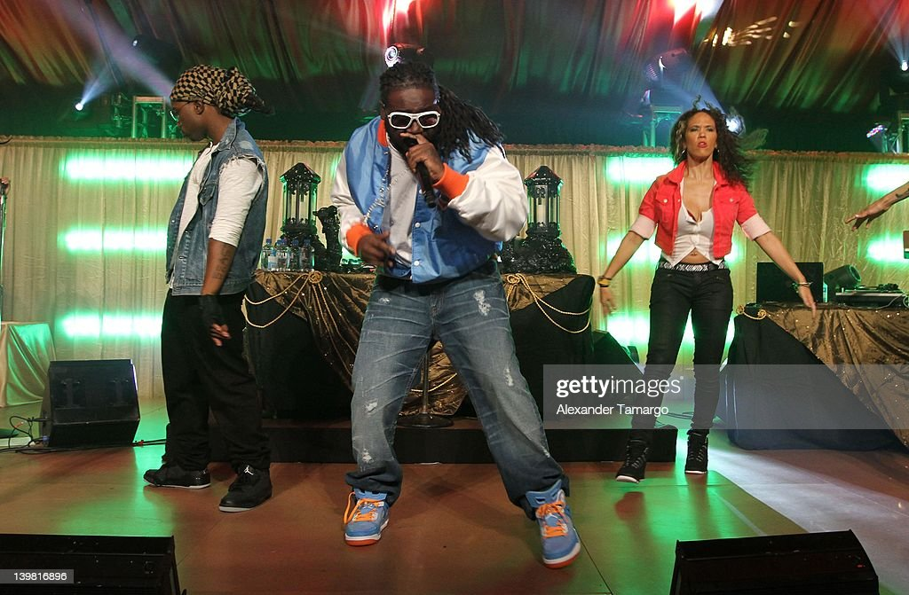 <a gi-track='captionPersonalityLinkClicked' href=/galleries/search?phrase=T-Pain&family=editorial&specificpeople=1223407 ng-click='$event.stopPropagation()'>T-Pain</a> performs at the Jordan All-Star With Fabolous 23 at Isleworth Golf & Country Club on February 25, 2012 in Windermere, Florida.