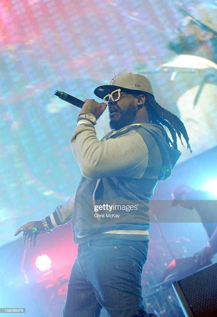T-Pain performs onstage during Power 96.1's Jingle Ball 2012 at the Philips Arena on December 12, 2012 in Atlanta.