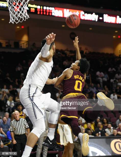 Tra Holder of the Arizona State Sun Devils shoots against the Xavier Musketeers during the championship game of the 2017 Continental Tire Las Vegas...