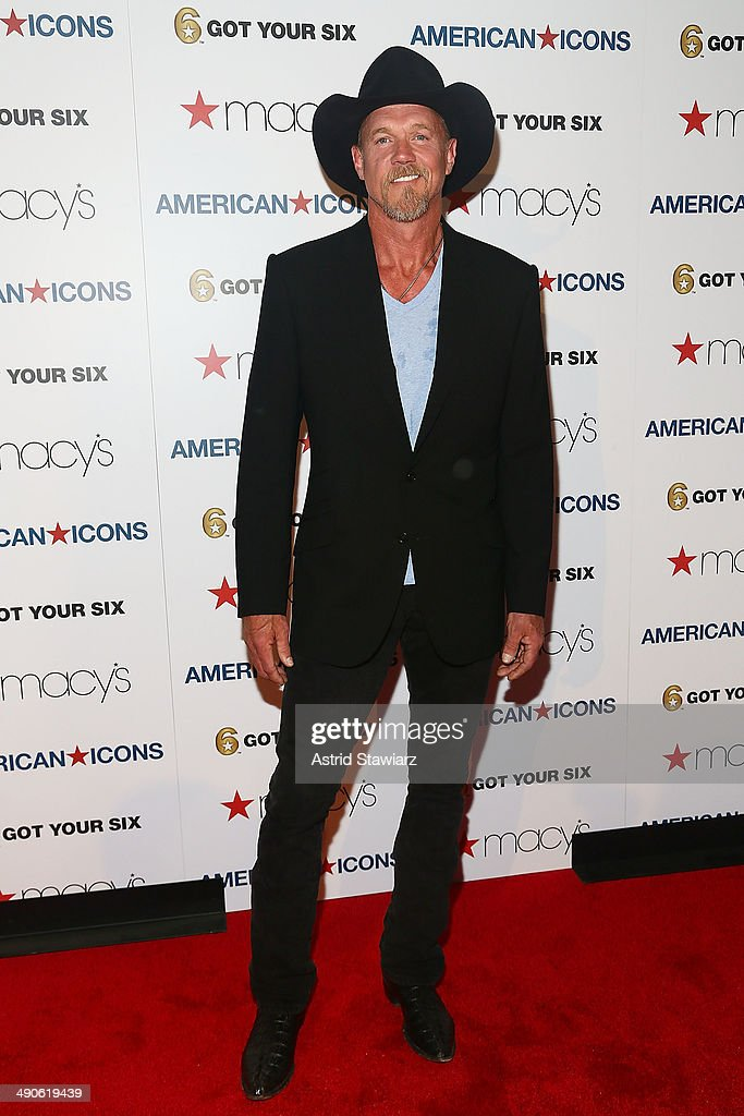 <a gi-track='captionPersonalityLinkClicked' href=/galleries/search?phrase=Trace+Adkins&family=editorial&specificpeople=224686 ng-click='$event.stopPropagation()'>Trace Adkins</a> attends Macy's Herald Square Celebrates American Icons on May 14, 2014 in New York City.