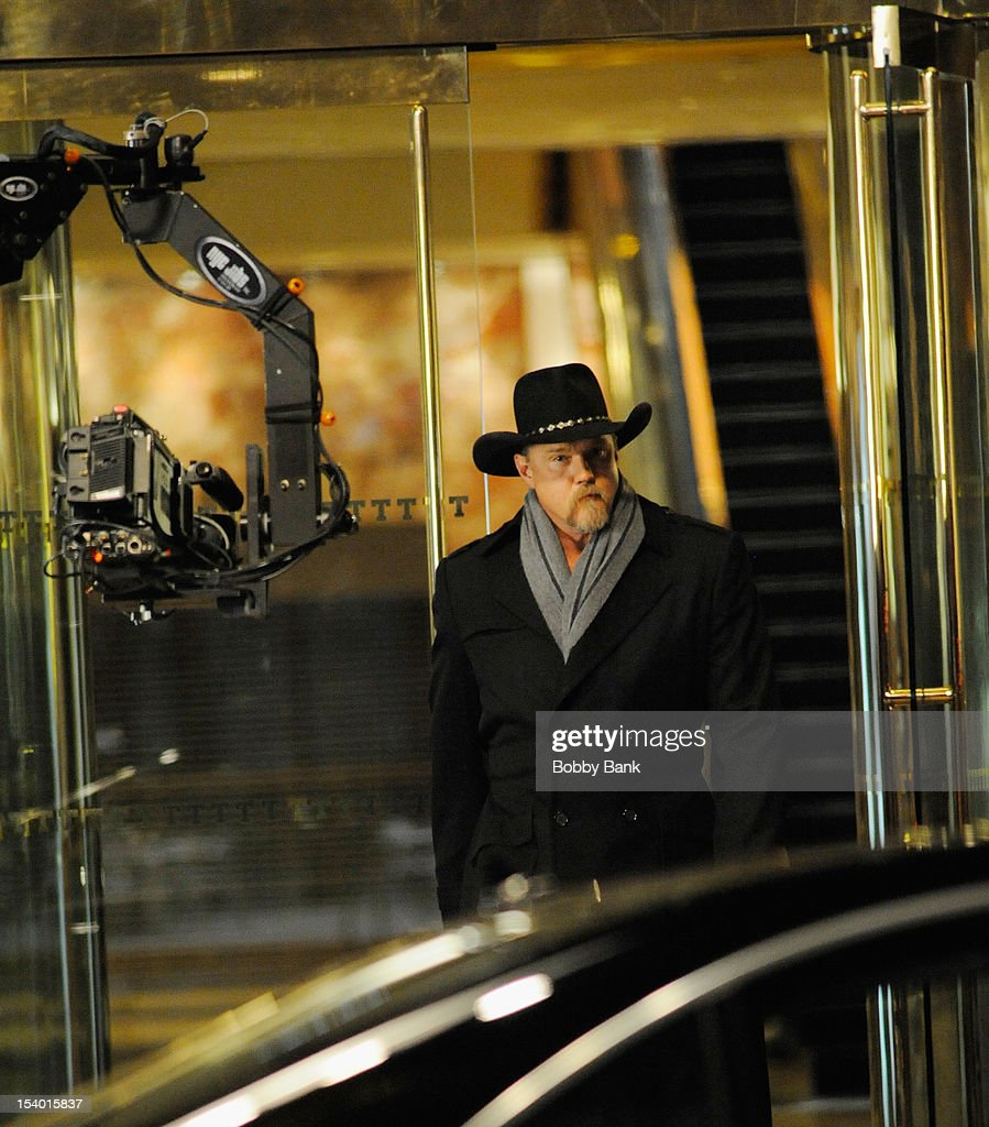 <a gi-track='captionPersonalityLinkClicked' href=/galleries/search?phrase=Trace+Adkins&family=editorial&specificpeople=224686 ng-click='$event.stopPropagation()'>Trace Adkins</a> seen on location for 'The Celebrity Apprentice All-Star' on October 11, 2012 in New York City.