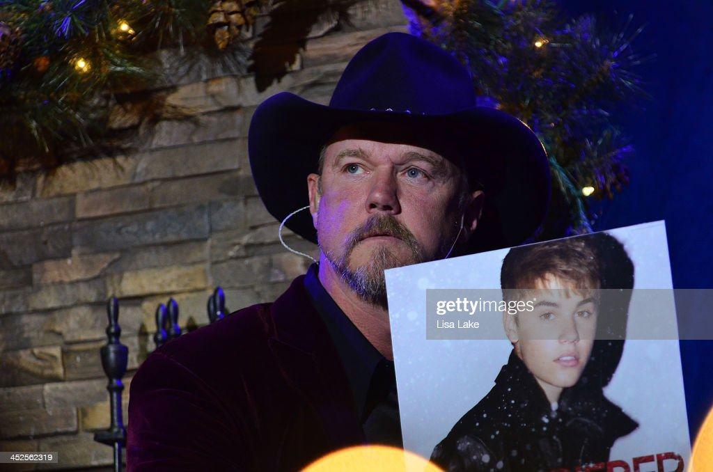 <a gi-track='captionPersonalityLinkClicked' href=/galleries/search?phrase=Trace+Adkins&family=editorial&specificpeople=224686 ng-click='$event.stopPropagation()'>Trace Adkins</a> teases the audience about playing Justin Beiber music during 'The Christmas Show' Tour. A night of narration, history and soul-stirring Celtic at Sands Bethlehem Event Center on November 29, 2013 in Bethlehem, Pennsylvania.