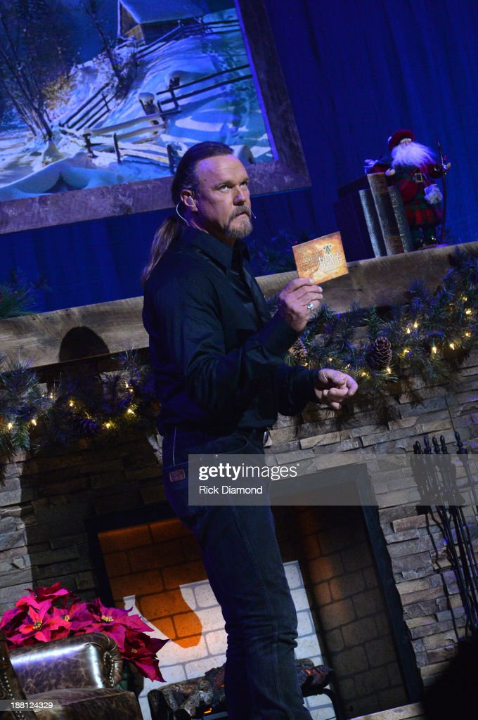 Trace Adkins Trace jokingly urges fans to reject the commercialization of Christmas...after they first buy his new holiday album during 'The Christmas Show' Tour. A night of narration, history and soul-stirring Celtic on November 14, 2013 in Nashville, Tennessee.