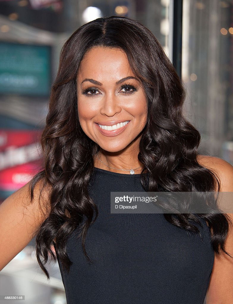 Tracey edmonds style fashion amp looks best celebrity style - Tracey Edmonds Co Hosts Extra At Their New York Studios At H M In