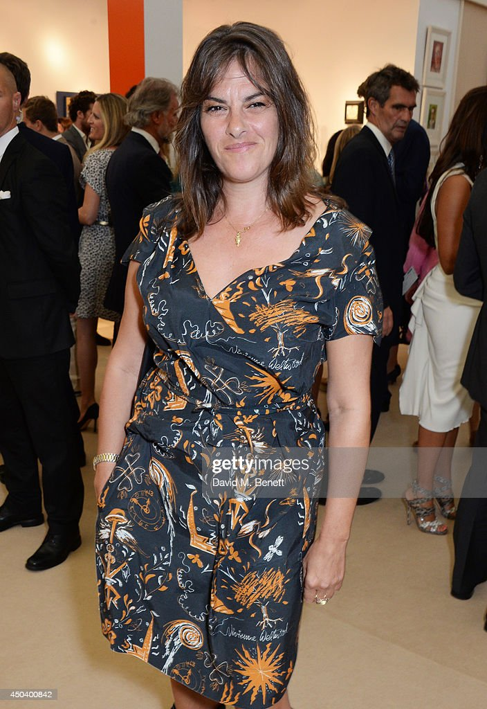 <a gi-track='captionPersonalityLinkClicked' href=/galleries/search?phrase=Tracey+Emin&family=editorial&specificpeople=203219 ng-click='$event.stopPropagation()'>Tracey Emin</a> attends the Art Antiques London Gala Evening in aid of Children In Crisis at Kensington Gardens on June 10, 2014 in London, England.