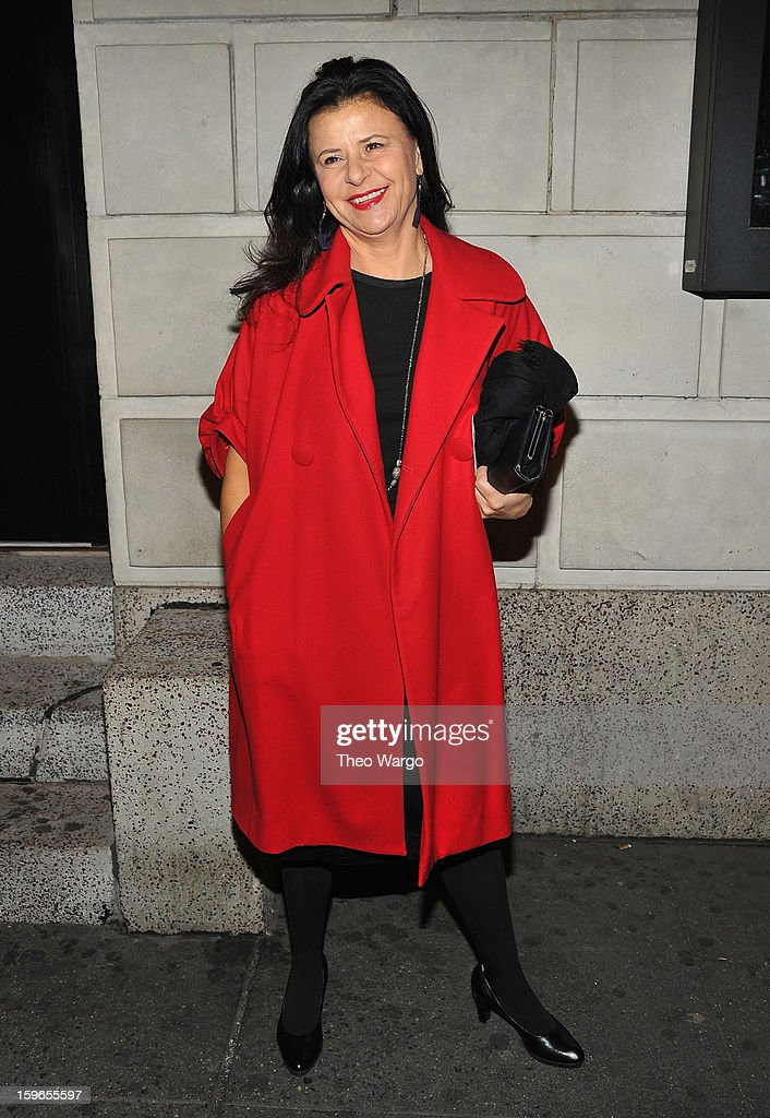 <a gi-track='captionPersonalityLinkClicked' href=/galleries/search?phrase=Tracey+Ullman&family=editorial&specificpeople=221491 ng-click='$event.stopPropagation()'>Tracey Ullman</a> attends the 'Cat On A Hot Tin Roof' Broadway Opening Night at Richard Rodgers Theatre on January 17, 2013 in New York City.