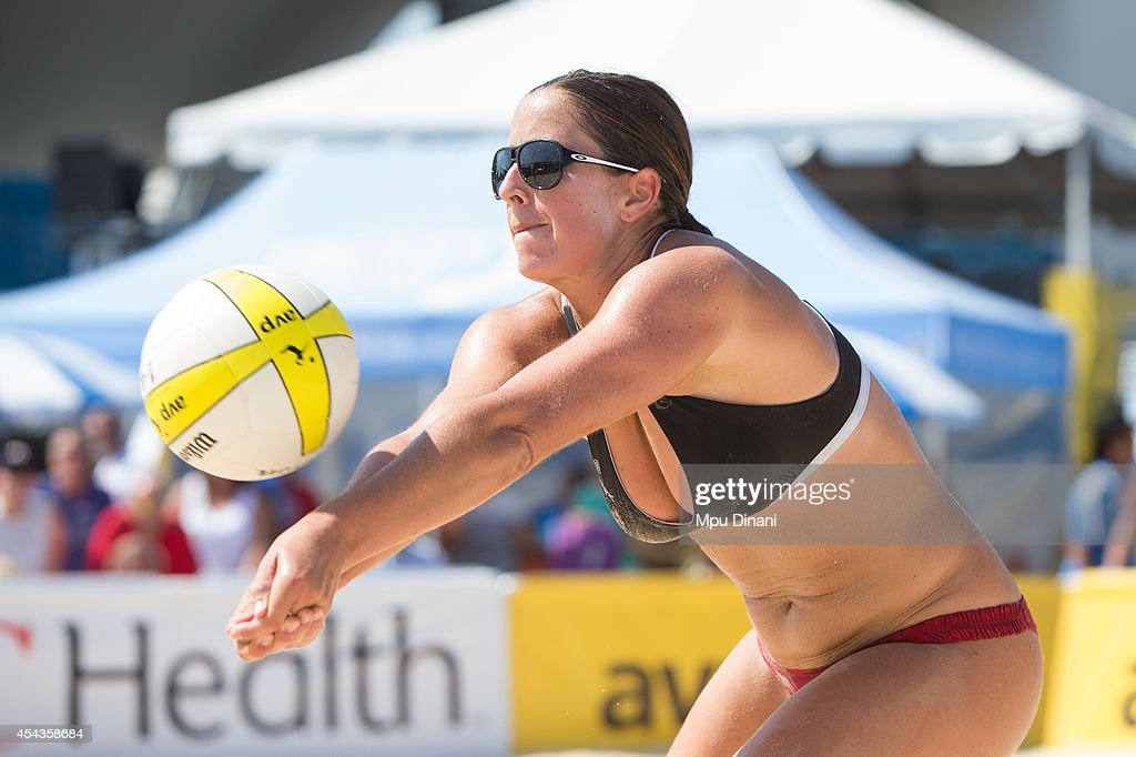 Traci Weamer digs the ball at the 2014 AVP Cincinnati Open on August 29, 2014 at the Lindner Family Tennis Center in Cincinnati, Ohio.