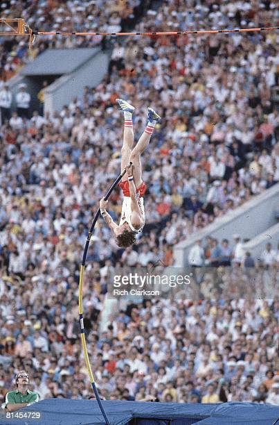 Track Field 1980 Summer Olympics Poland Wladyslaw Kozakiewicz in action during Pole Vault Final at Central Lenin Stadium Sequence New world record...
