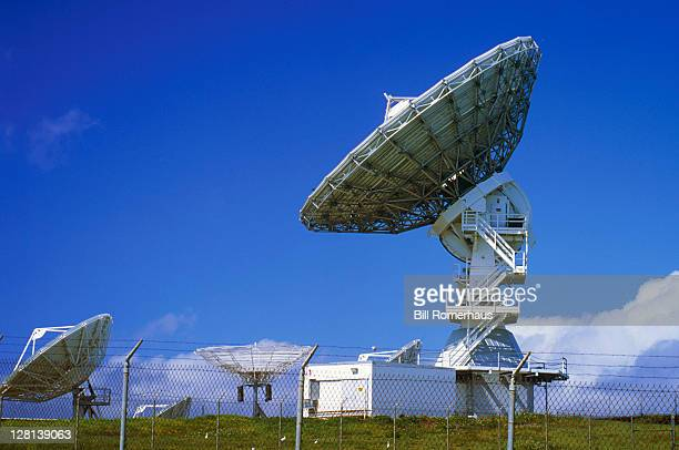 Tracking Antenna, COMSAT, Oahu, HI