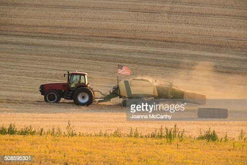 Tractor and American Flag : Foto de stock